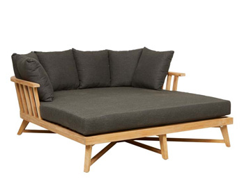 dani-t-recommends-globe-west-sonoma-slat-day-bed-sun-lounger-pool-lounger