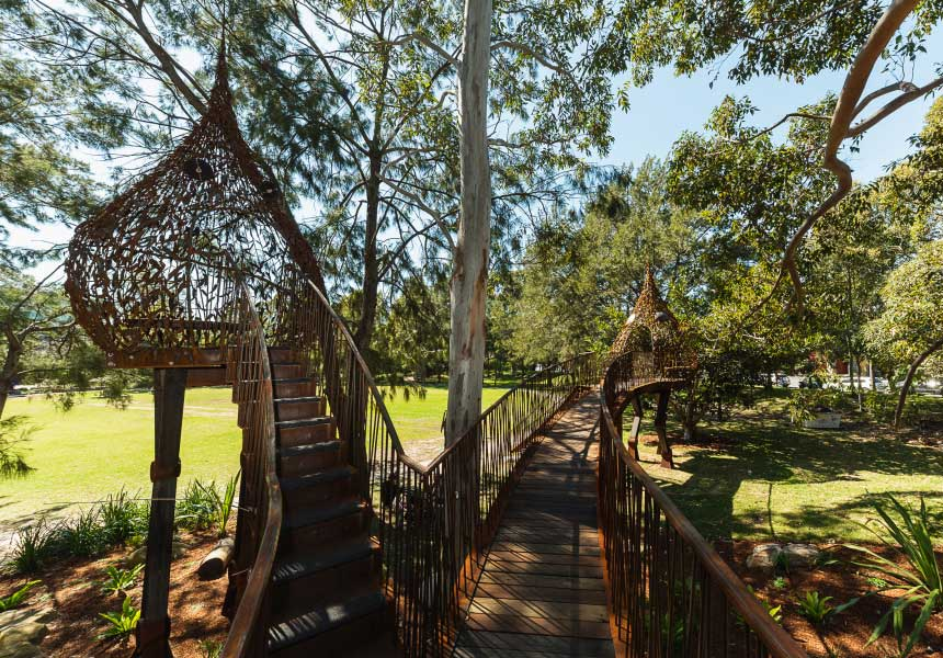 outdoor-play-everleigh-tree-house-sydney-kids-christmas-activities-dani-t